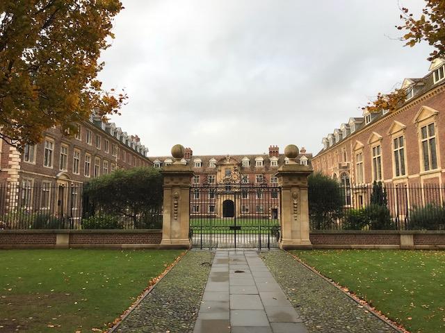 kembridžo universiteto bibliotekos strategija opcionų prekyba su technine analize