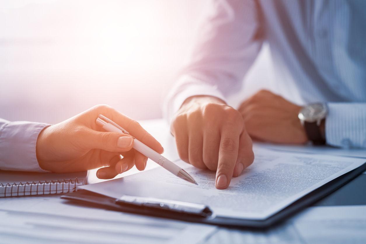 akcijų opcionai contrato de trabalho cta prekybos signalai