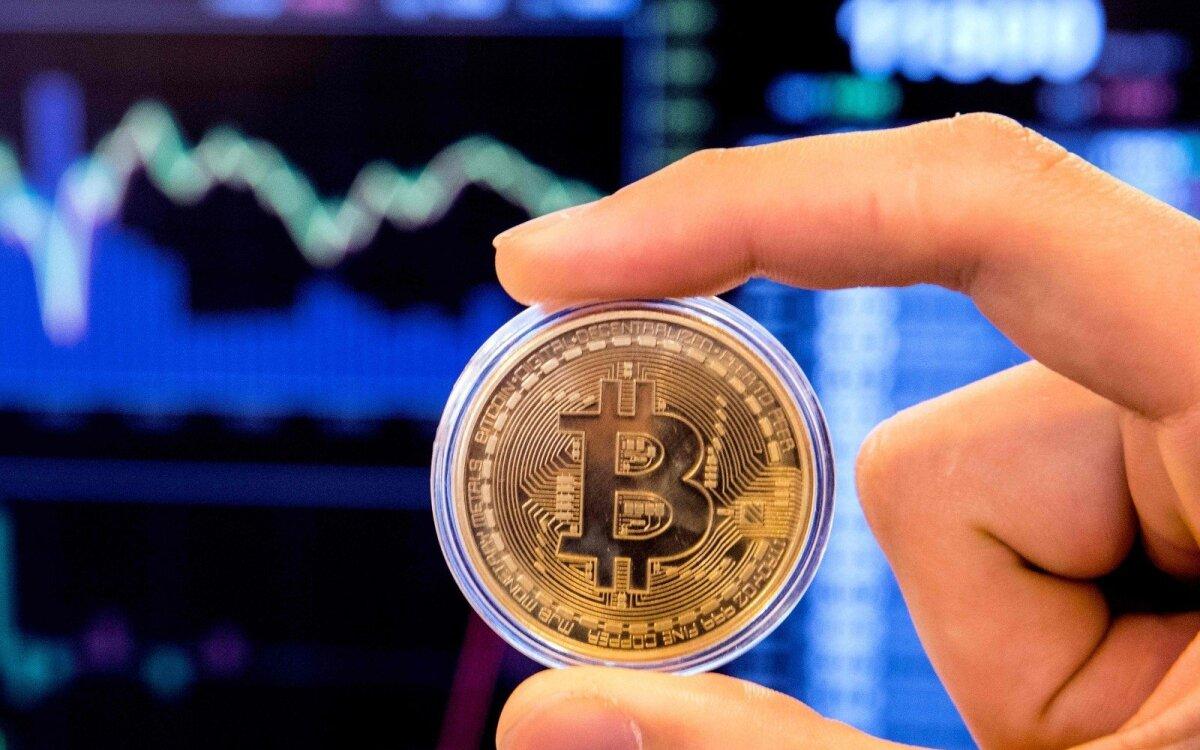 bitkoinas teisėtas prekybos pasaulinis botas žadėtos akcijų opcionai